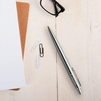 Parker Jotter Kugelschreiber Rechtshänder (Silberfarben)