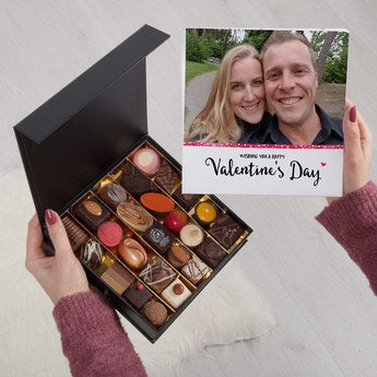 Custom Valentine chocolate giftbox - 25 pieces