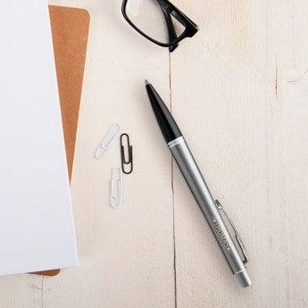 Parker Urban Metro Kugelschreiber Rechtshänder (Silberfarben)