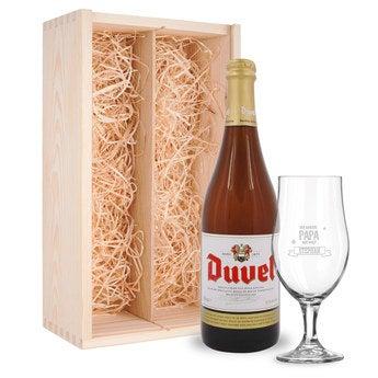 Vatertagsbier mit Glas Duvel
