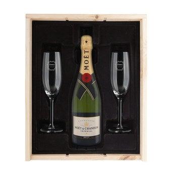 Geschenkset Champagner mit Gläsern Moët Chandon Brut